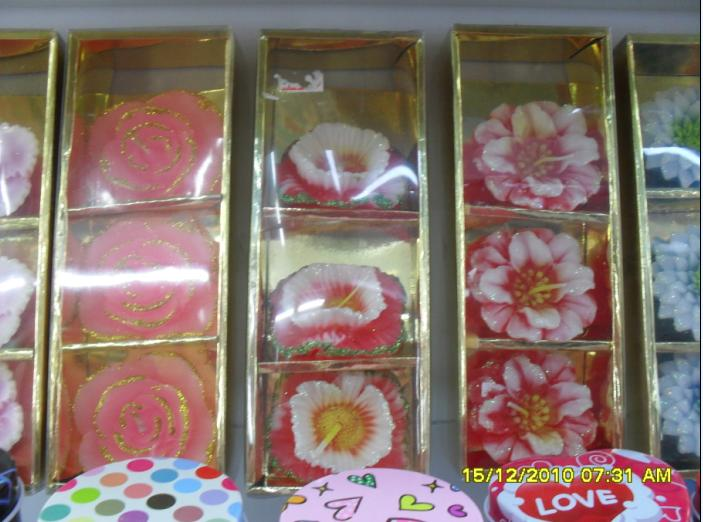 0013Candles Flowers Box