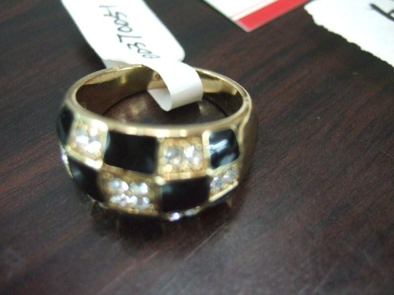 checker black and rhinestone ring