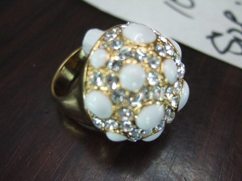 polka dot rhinestone ring
